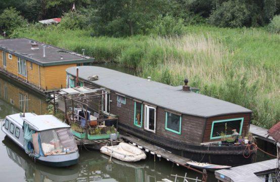 Ligplaats, Zuider IJdijk 136, Amsterdam