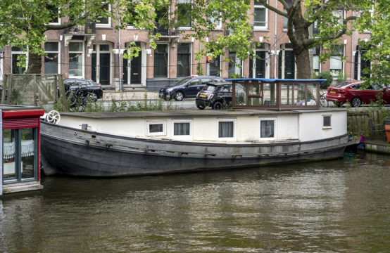 Woonschip in Amsterdam-West